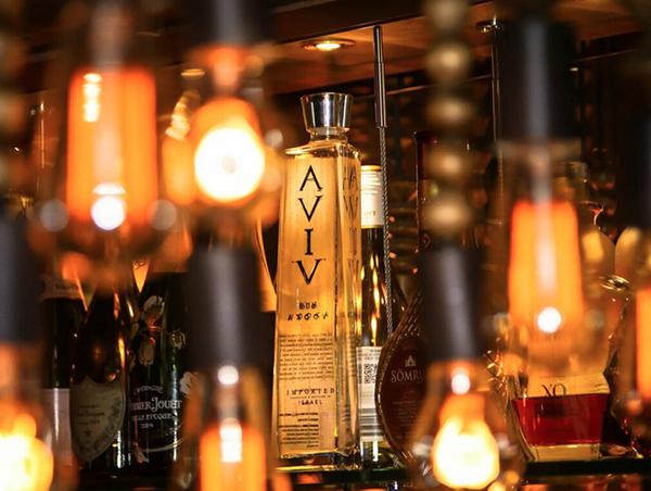 aviv-lights